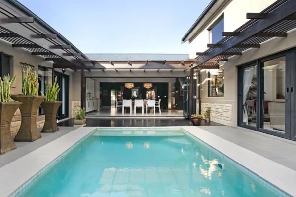 5 bedroom house for sale in Atlantic Beach Estate