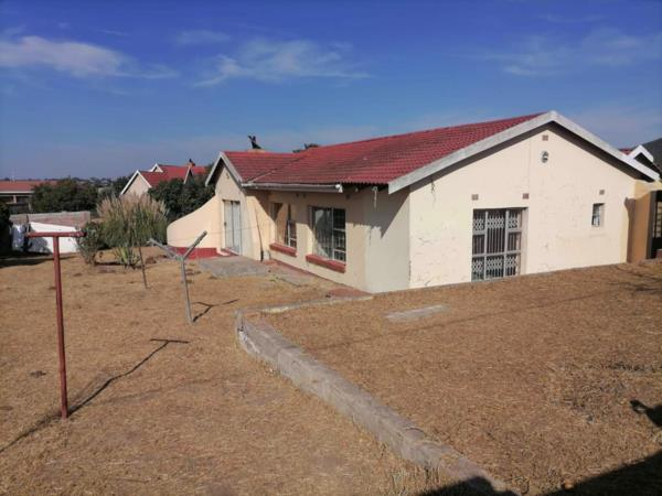 4 bedroom house for sale in Mthatha