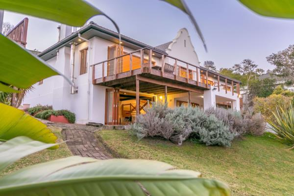 3 bedroom house for sale in Paradise (Knysna)