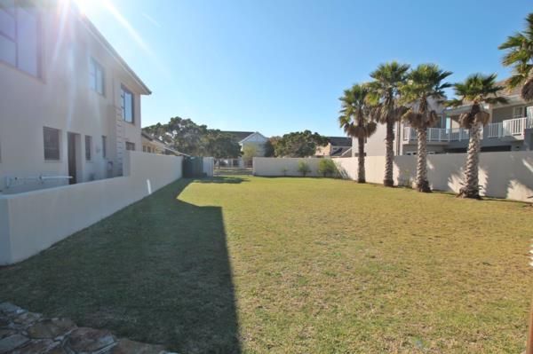 542 m² residential vacant land for sale in Royal Alfred Marina