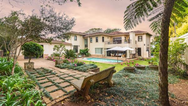 5 bedroom townhouse for sale in Kloof