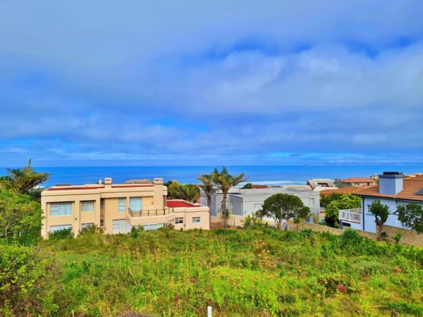 869 m² residential vacant land for sale in Outeniqua Strand