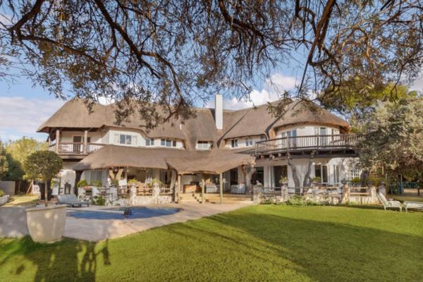 5 bedroom house for sale in Beaulieu