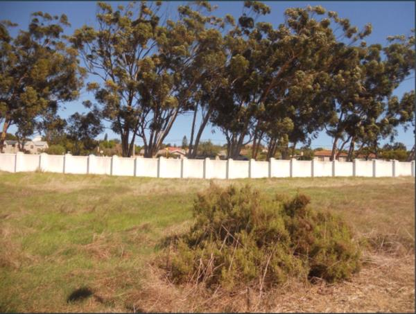 805 m² vacant land for sale in Darling