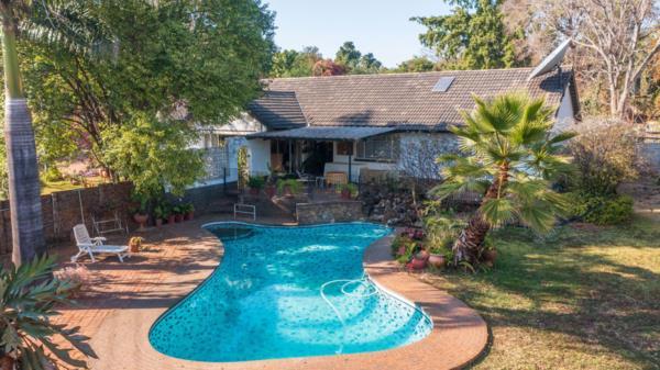 4 bedroom house for sale in Borrowdale (Zimbabwe)