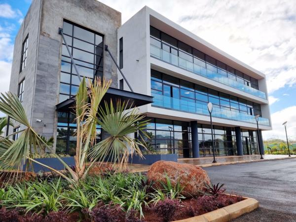 362 m² commercial office to rent in Riche Terres (Mauritius)