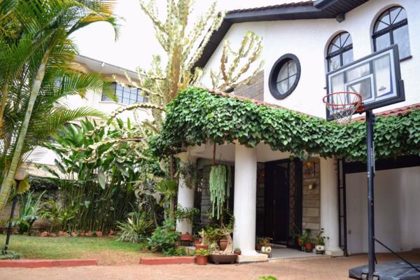 5 bedroom townhouse for sale in Westlands (Kenya)