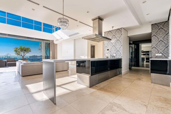 3 bedroom apartment to rent in Waterfront (Cape Town)