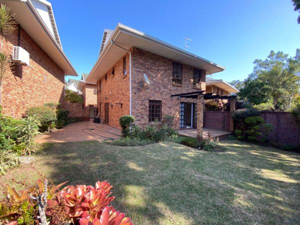 3 bedroom townhouse for sale in Dawncliffe