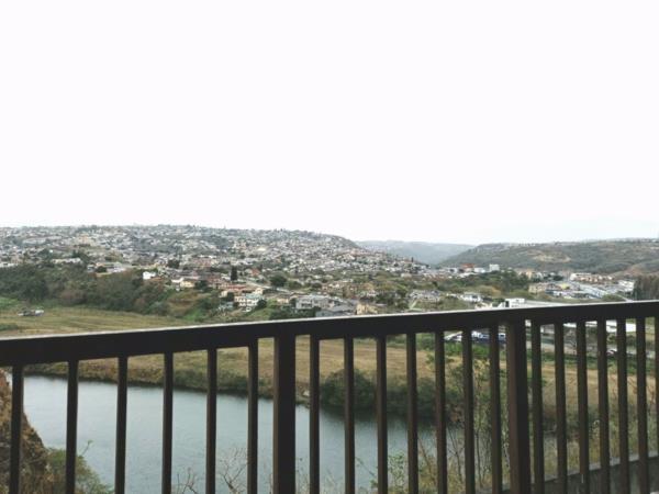 2 bedroom apartment to rent in Palmiet (Reservoir Hills)