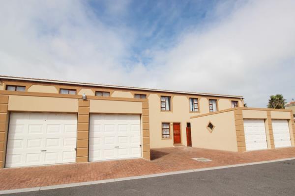 3 bedroom townhouse to rent in Parklands