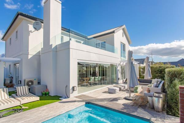 4 bedroom house for sale in Val de Vie