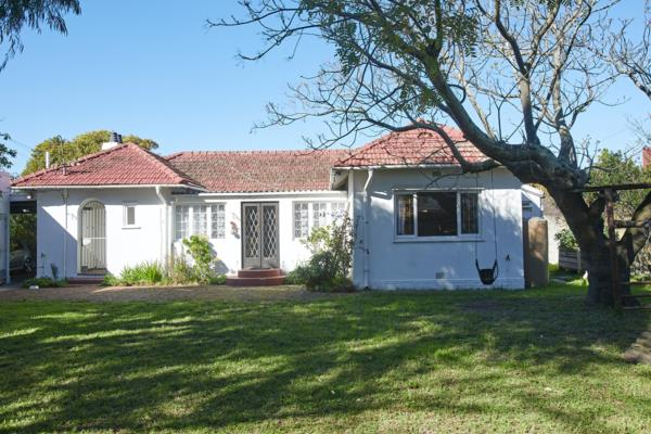 2 bedroom house for sale in Pinelands (Cape Town)