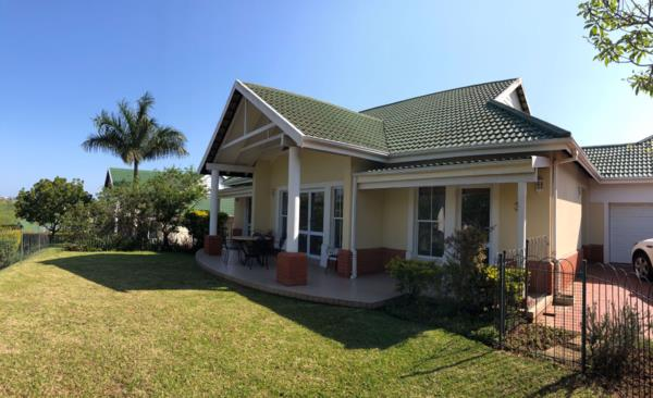 3 bedroom townhouse to rent in Mount Edgecombe Country Estate