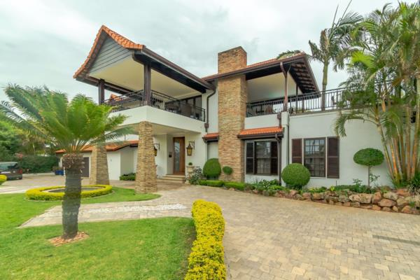 9 bedroom house for sale in La Lucia