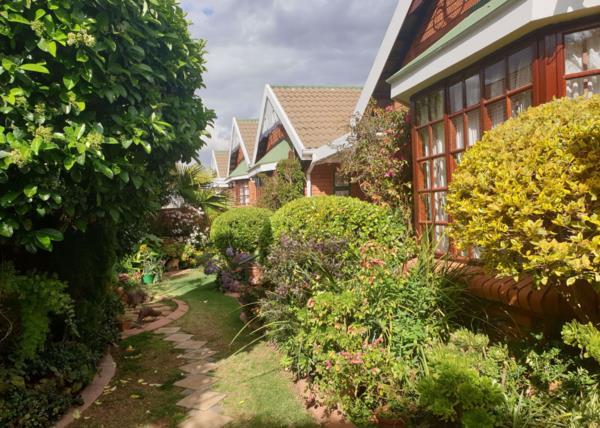 3 bedroom apartment for sale in Heuwelsig (Bloemfontein)