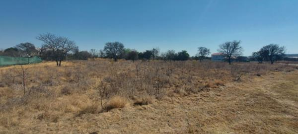 998 m² residential vacant land for sale in Waterlake Farm