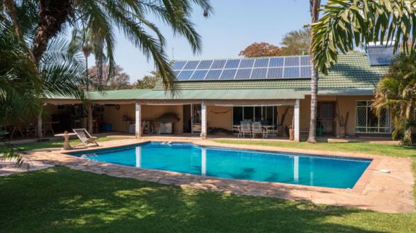 3 bedroom house for sale in Bluffhill (Zimbabwe)