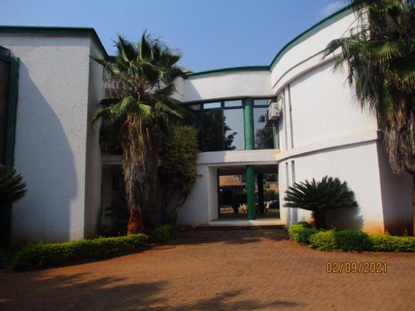 Commercial office to rent in Kabulonga (Zambia)