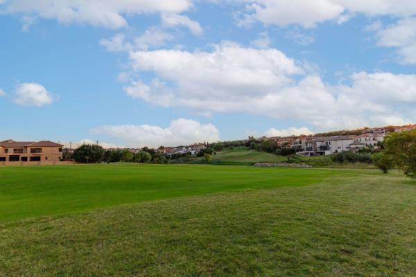 770 m² vacant land for sale in Blue Valley Golf Estate