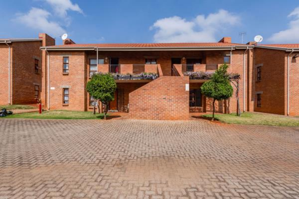 3 bedroom apartment for sale in Ruimsig