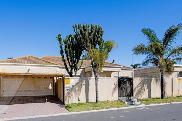 4 bedroom house for sale in Parklands