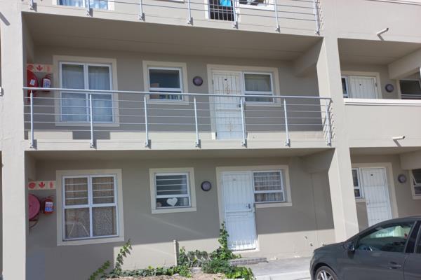 2 bedroom apartment to rent in Melkbosstrand