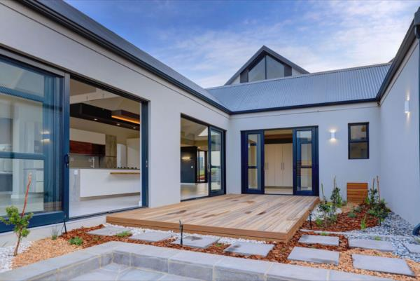 5 bedroom house for sale in Kingswood Golf Estate