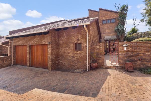 4 bedroom townhouse for sale in Atholl
