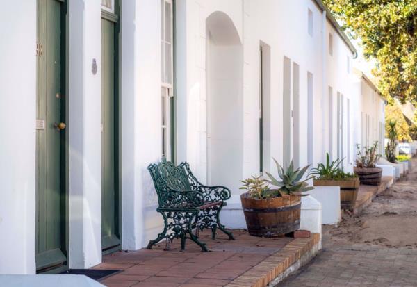 4 bedroom apartment for sale in Stellenbosch Central