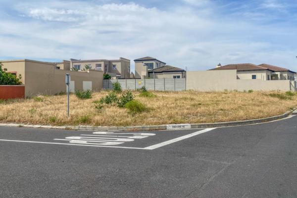 484 m² residential vacant land for sale in Parklands