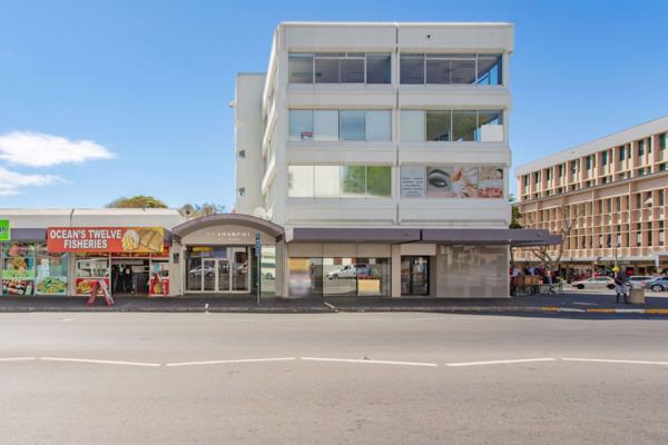 2194 m² commercial office for sale in Paarl