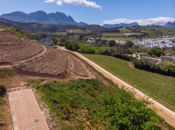 396 m² residential vacant land for sale in Weltevreden Hills Estate