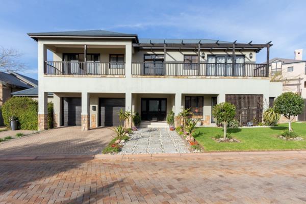 4 bedroom house to rent in Atlantic Beach Estate