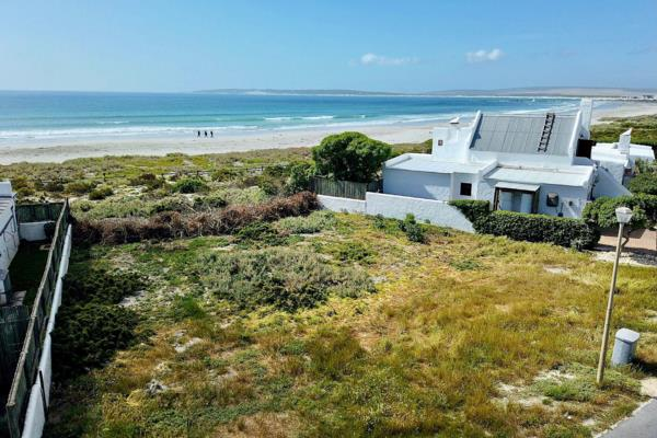 500 m² residential vacant land for sale in Voorstrand