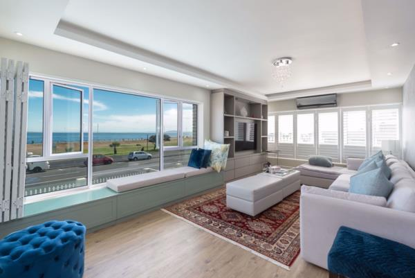 3 bedroom apartment for sale in Mouille Point