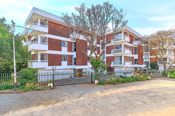3 bedroom apartment for sale in Illovo