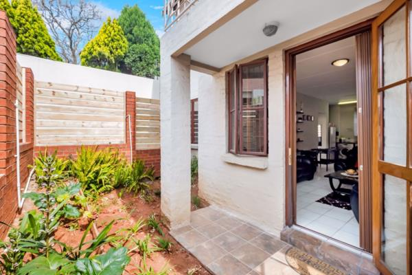 1 bedroom apartment for sale in Saxonwold