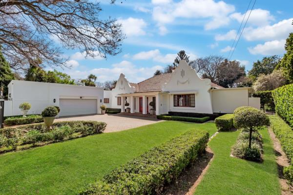4 bedroom house for sale in Saxonwold