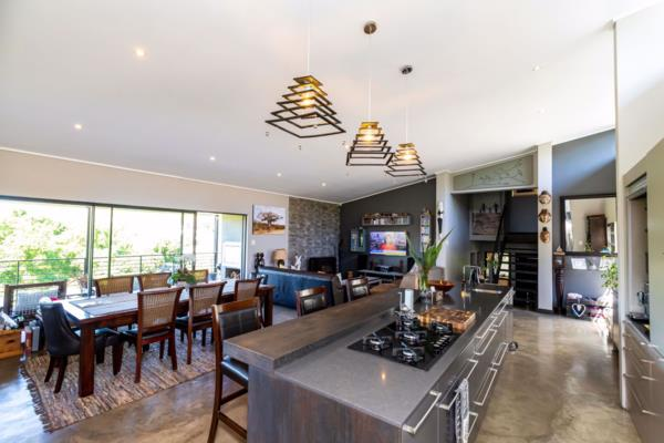 4 bedroom house for sale in Bonnie Doon