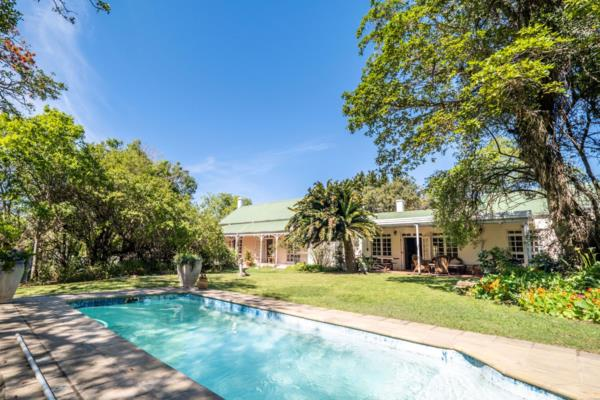 4 bedroom house for sale in West Hill (Makhanda (Grahamstown))