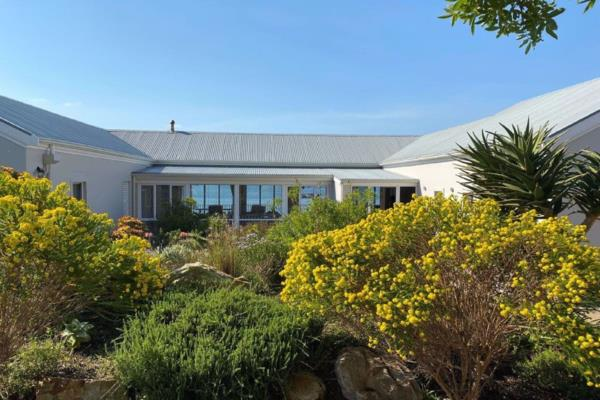4 bedroom house for sale in Simons Town